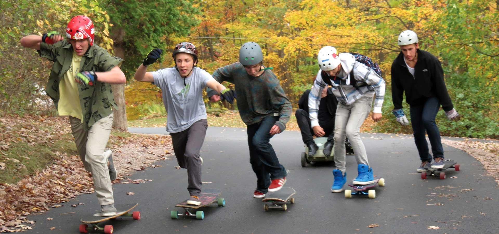 skateboarders-at-rock-point-school_9236